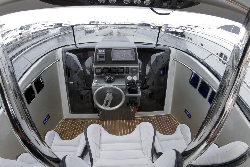 U119 Carbon Poste de pilotage